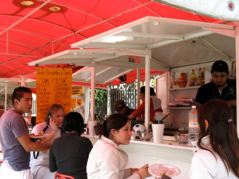 Tacos Don Memo is one of many changarros in this tianguis that is popular as an eating and socializing hangout with students from nearby Tec. de Monterrey.